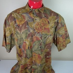 VTG Banana Republic Safari Short Sleeve Button Up